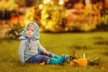 Girl - Autumn / *****